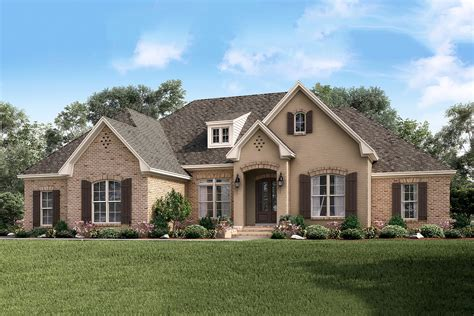 4 Bedrm, 2506 Sq Ft European House Plan #1421162