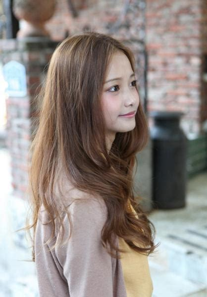 hairstyle  haircut picks  long center parted