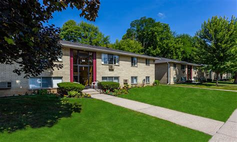 Garden Apartments Oakdale by Pond Garden Apartments Renters Insurance In Rochester Ny
