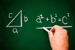 Gleichschenkliges Dreieck Schenkel Berechnen : satz des pythagoras beim trapez ~ Themetempest.com Abrechnung