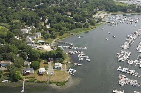 Freedom Boat Club Rhode Island Reviews by Breezy Point Marina In Warwick Ri United States Marina