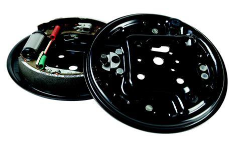 protection siege auto quand changer vos tambours de frein norauto