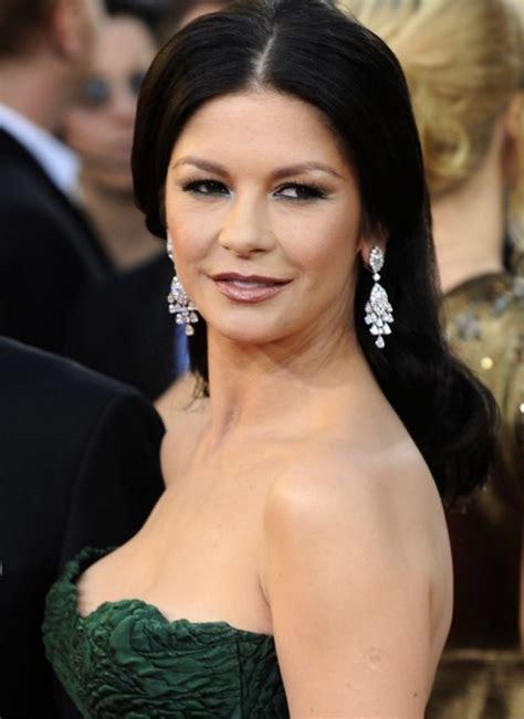 zeta catherine jones surgery plastic celebrity she celebrities starschanges