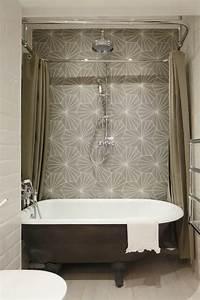 Rideau De Salle De Bain : ameublement de salle de bain rideaux ou parois originaux ~ Premium-room.com Idées de Décoration