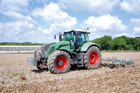 conseiller agricole chambre d agriculture les outils à dents en démonstration journal paysan breton