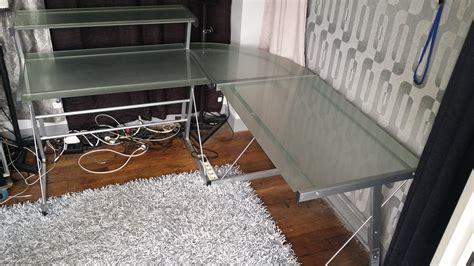 bureau en verre fly photo fly bureau d 39 angle avec tablette fly bureau d