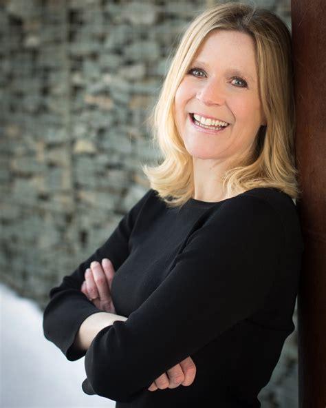 Let's Connect  9072405516 — Diane Decker Coaching