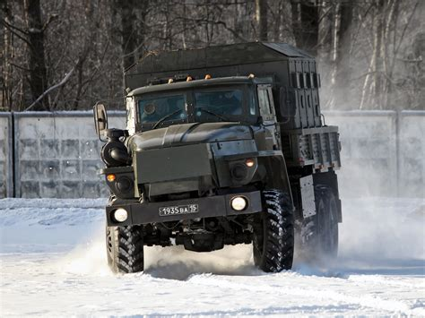 Ural Backgrounds by 2000 Ural 4320 Russian 6x6 D Wallpaper