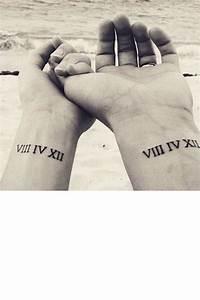 2017 En Chiffre Romain : tatouage poignet date en chiffre romain tatouage ~ Nature-et-papiers.com Idées de Décoration