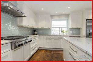 best kitchen backsplash 10 best tile backsplash ideas home designs home decorating rentaldesigns com