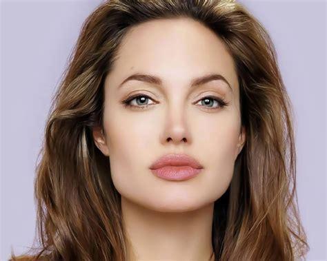 Angelina Jolie VS Aishwarya Rai Bachan VS Monica Belluci