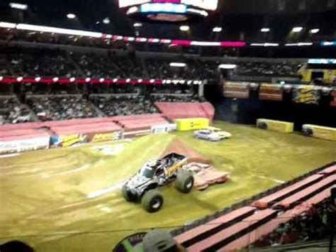 monster truck show memphis freestyle monster trucks monster jam youtube