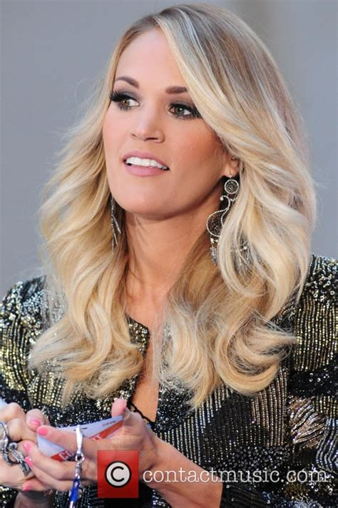 Carrie Underwood Hair Color 2015   Celebrity Hair Color Guide