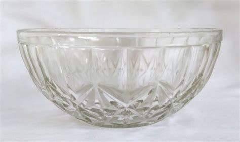 shabby chic fruit bowl best 25 glass fruit bowl ideas on pinterest blown glass art fruit display tables and colored
