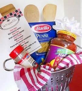 17 Best ideas about Cheap Gift Baskets on Pinterest