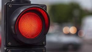Feu Rouge Radar : infographie fonctionnement du radar feu rouge et risque ~ Medecine-chirurgie-esthetiques.com Avis de Voitures