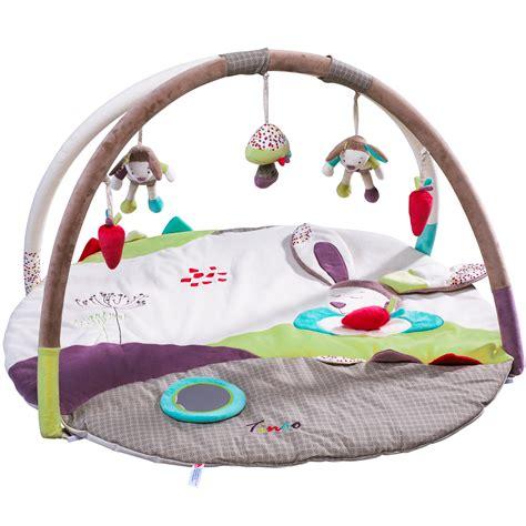tapis d eveil trousselier tinoo tapis d 233 veil de sauthon baby d 233 co tapis d 233 veil aubert