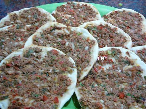 lehmayun pizza 225 rabe o armenia pizza 225 rabe empanadas abiertas arabes esta receta la podes