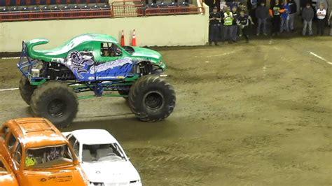pa monster truck stinger wheelie comp harrisburg pa monster trucks 7 30pm