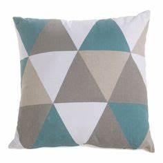 1000 idees sur coussins decoratifs sur pinterest coussin for Tapis de sol avec coussin canapé 70x50