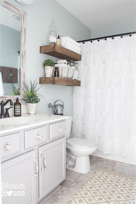 How To Makeover A Small Bathroom Budget Bathroom Makeovers Before And After The Budget