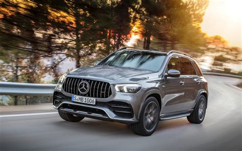 mercedes amg gle  matic appears  car guide
