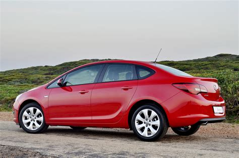 Opel Astra Sedan Automatic Review