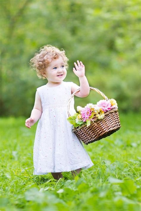 Unique Ideas For Making Flower Girl Baskets At Home