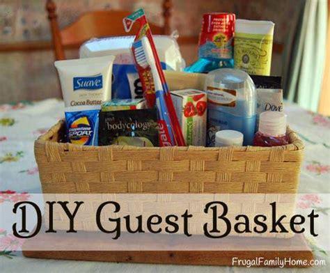 Diy Bedroom Gifts by Diy Guest Basket Frugal Family Home