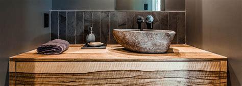 armoires et rangements de salle de bain design sur mesure