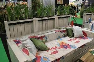 34 best images about balcon deco on pinterest papasan With tapis exterieur avec canapé convertible couchage quotidien but