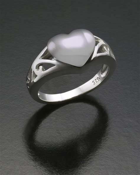 ladies filigree heart cremation ring