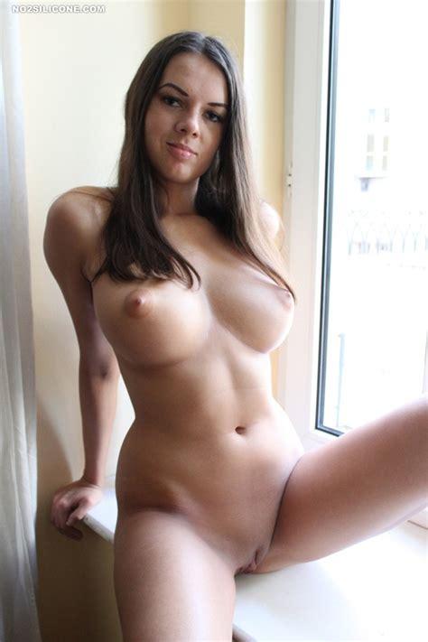 boobs adamastor