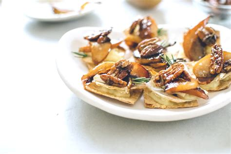 baked canapes baked brie rosemary caramelized pear canapés kale