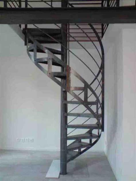 escalier industriel en kit 17 best images about escalier acier on stairs villas and photos