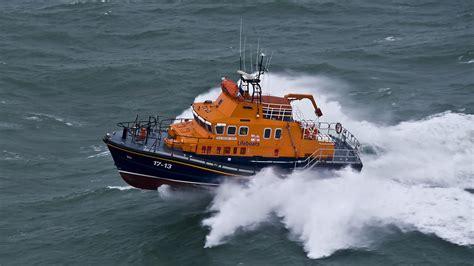 Rnli severn class lifeboat rnli  weather lifeboat fleet 2000 x 1125 · jpeg