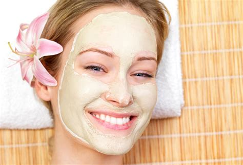Resultado de imagem para rostos com máscaras de beleza