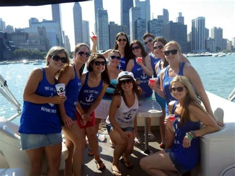 Chicago Boat Rental For Party by Chicago Boat Rental Photos Island Party Boat