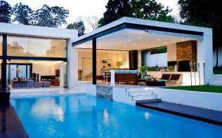 Stunning Images Swimming Pools For Houses by Beautiful White House With Swimming Pool