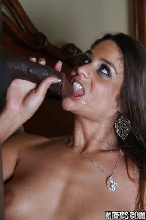 Milf Cathy Heaven Gives A Deepthroat Blowjob And Has
