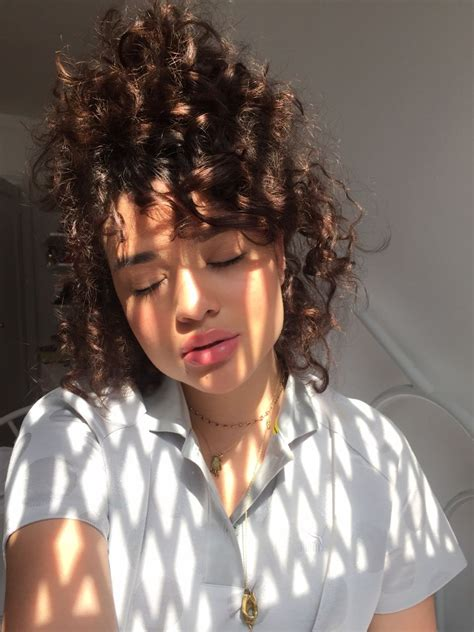 pathetic aesthetic curly head baddies curly hair