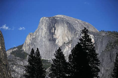 Valley Floor Yosemite by 2 500 Tons Of Rock Fell Off Half Dome And Nobody Noticed