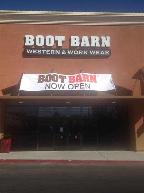 Boot Barn Locations Near Me by Boot Barn 16 Photos Shoe Stores 1269 Commerce Ave