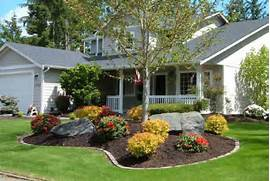 Top 2016 Front Yard Landscaping Designs Ideas Photos Landscaping Ideas For Front Yard In South Florida Yard Work Landscape Design Ideas Furthermore Central Florida Landscaping Ideas Landscaping Ideas To Show Off Your Zoysia Lawn