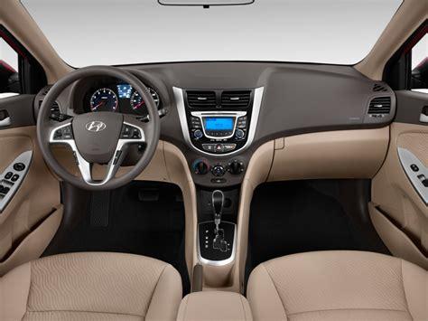 image  hyundai accent  door sedan auto gls dashboard