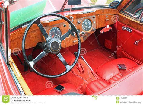Antikes Autoinnenraumansicht Stockbild  Bild 27243797