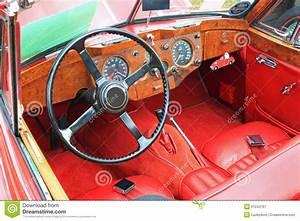 Innenraum Auto Verschönern : antikes auto innenraum ansicht stockbild bild von innen ~ Jslefanu.com Haus und Dekorationen
