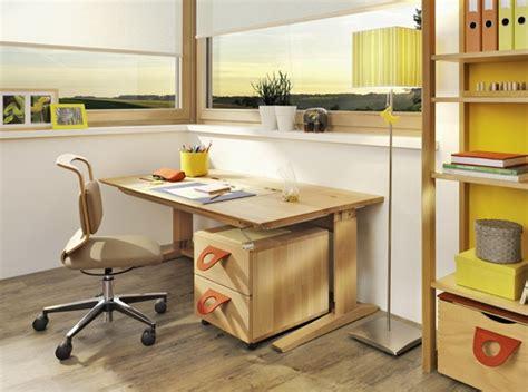 bois pour bureau bureau pour enfant ado en bois photo 7 10 un bureau