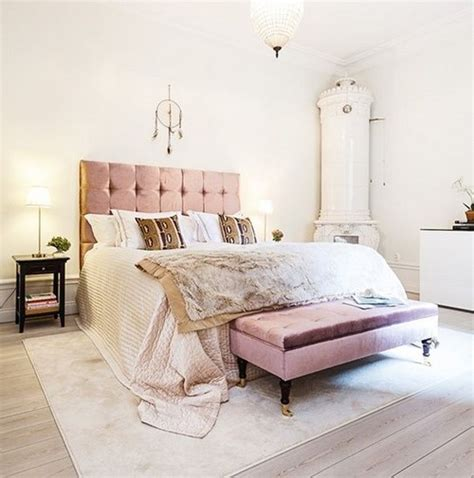 pink velvet headboard 22 blush accented spaces messagenote