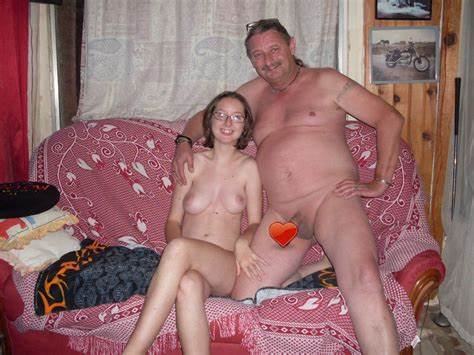 Camgirl With Adorable Tummy Fun Cleavage Family Ru